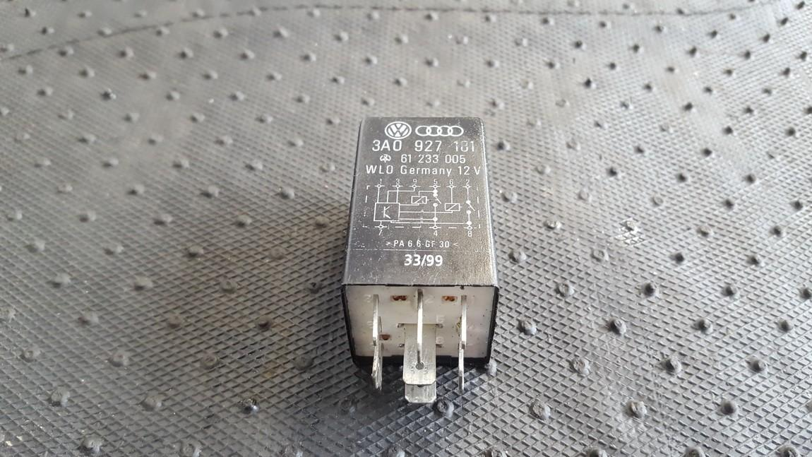 Relay module 3A0927181 61233005 Volkswagen GOLF 2007 1.9