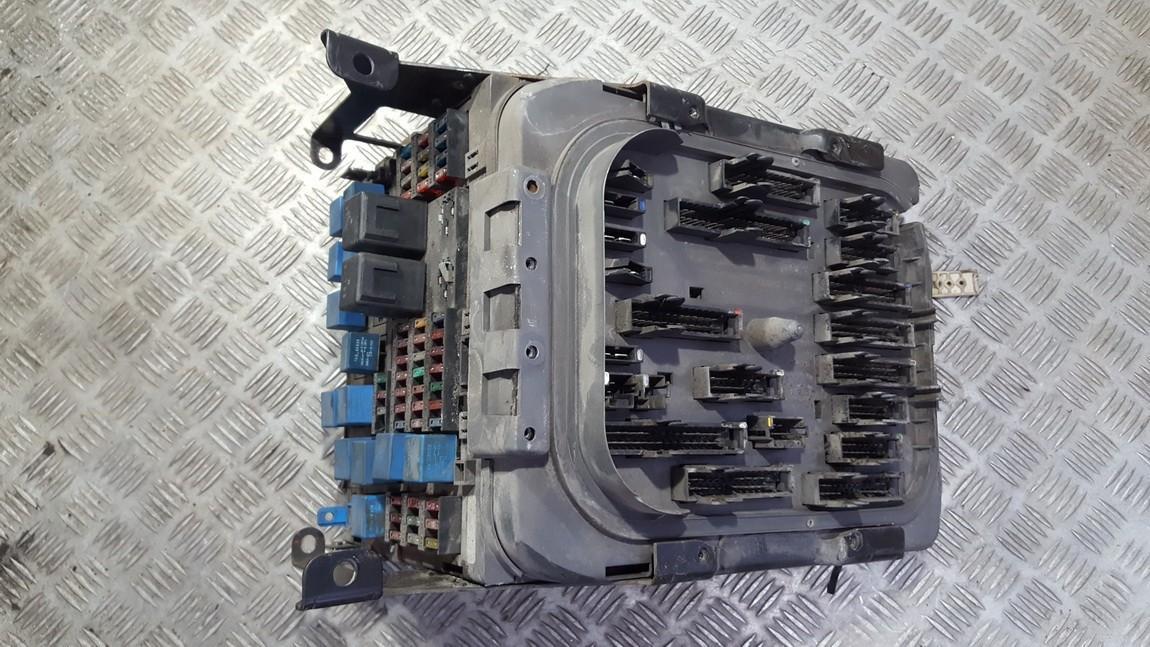 General Module Comfort Relay 5010466930 NENUSTATYTA Truck - Renault PREMIUM 2002 11.1
