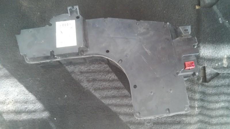 Loudspeaker Audi A4 1996    1.8 4b5035382