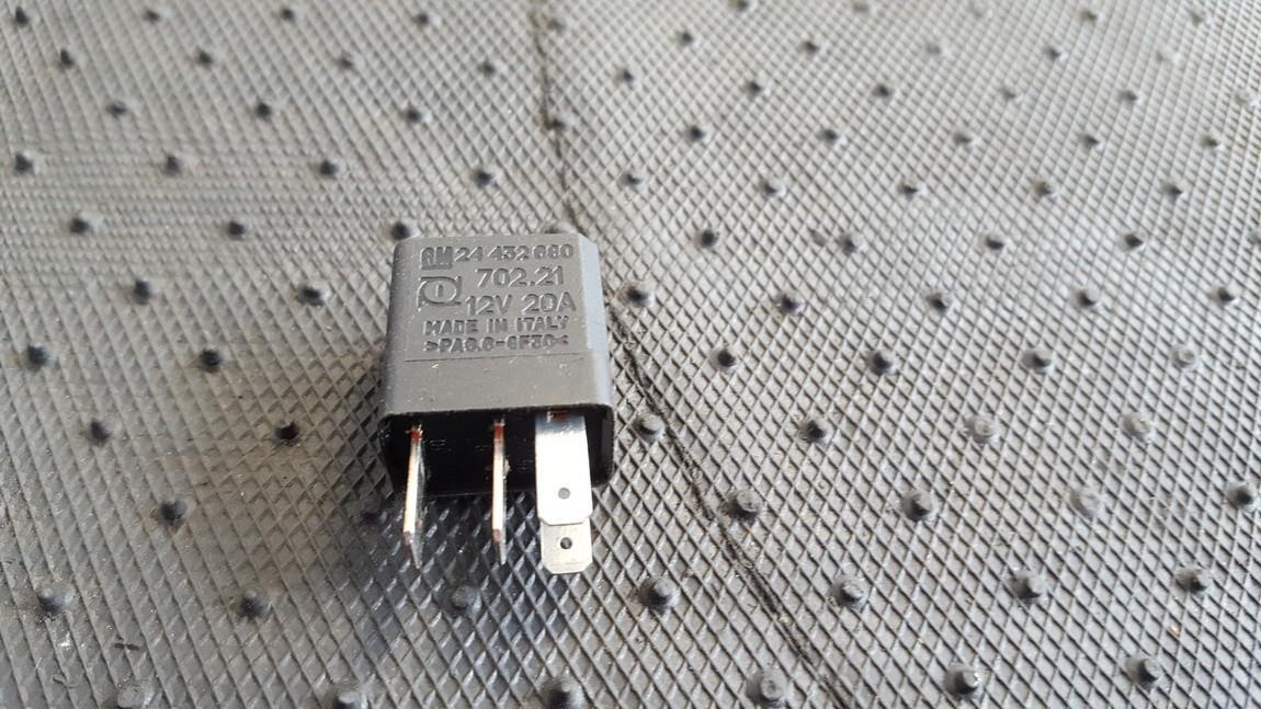 Relay module 24432680 GM24432680, 702.21 Opel ZAFIRA 2002 2.2