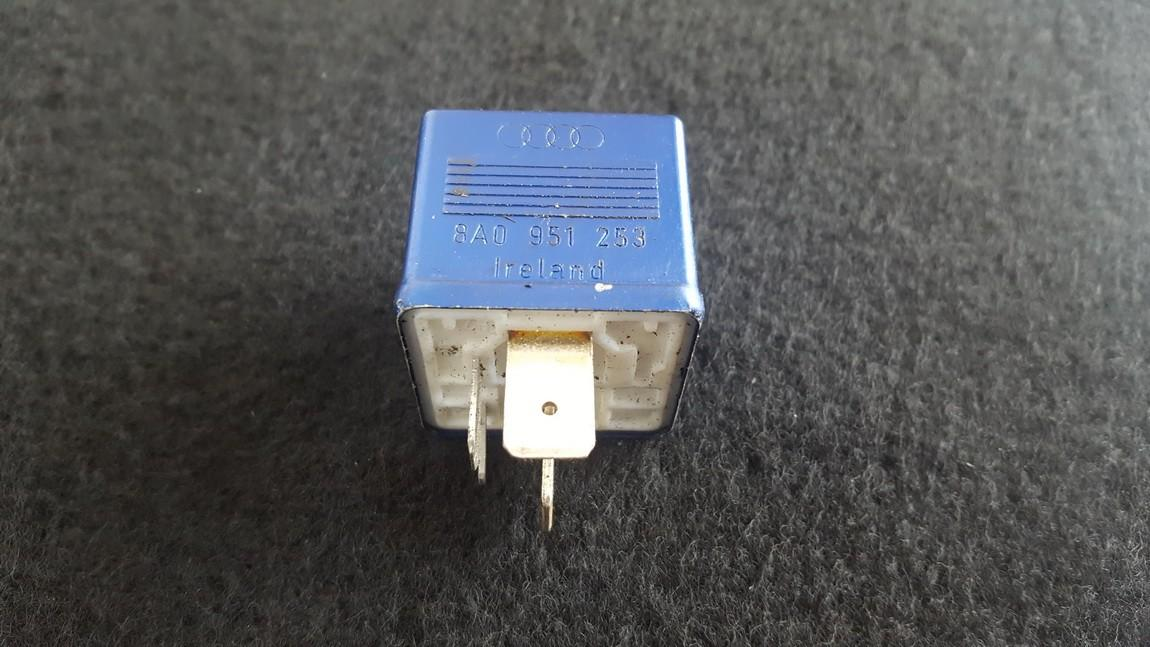 Rele 8A0951253 899587 Volkswagen PASSAT 1996 1.6