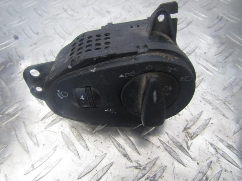 Jungiklis sviesu ijungimo nenustatyta nenustatyta Ford FOCUS 2008 1.6