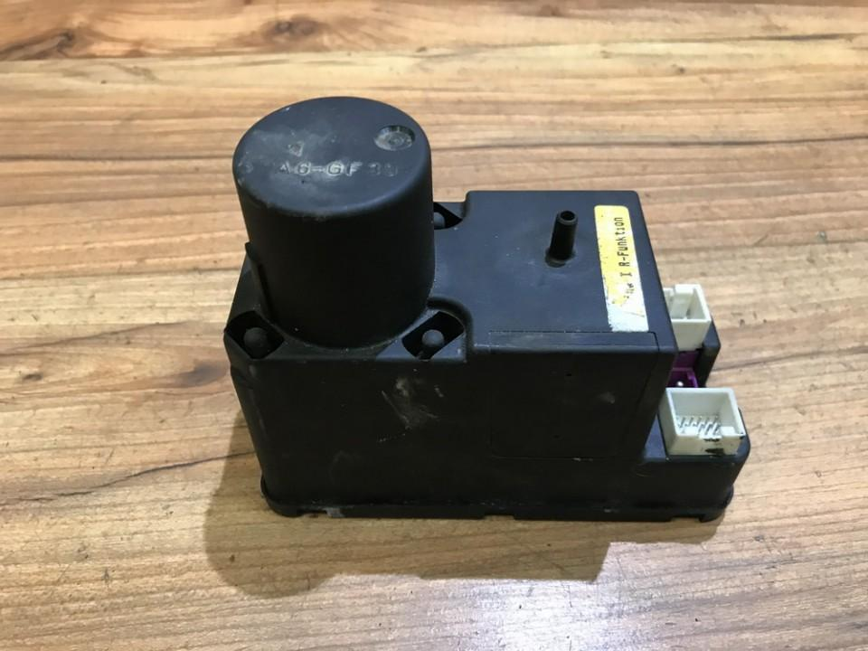 Central Locking Pump Audi A6 1995    2.8 4a0862257f