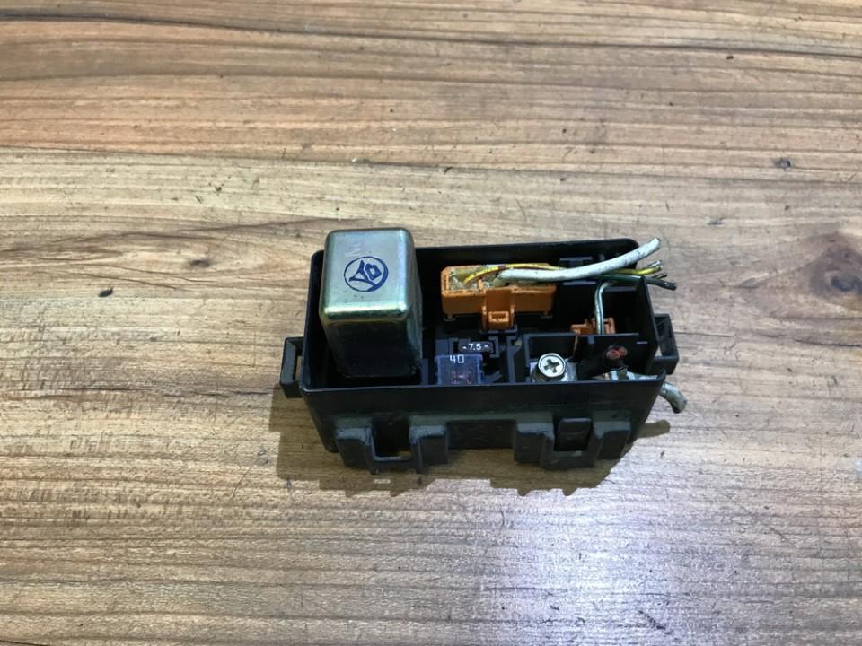 Saugikliu deze NENUSTATYTA n/a Honda CIVIC 1993 1.3
