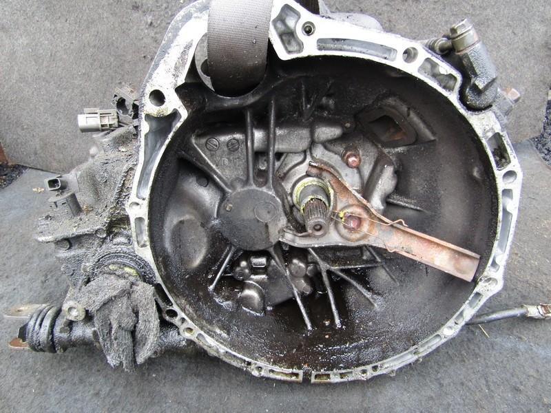 Gearbox yd1 nenustatyta Nissan ALMERA 2000 2.0