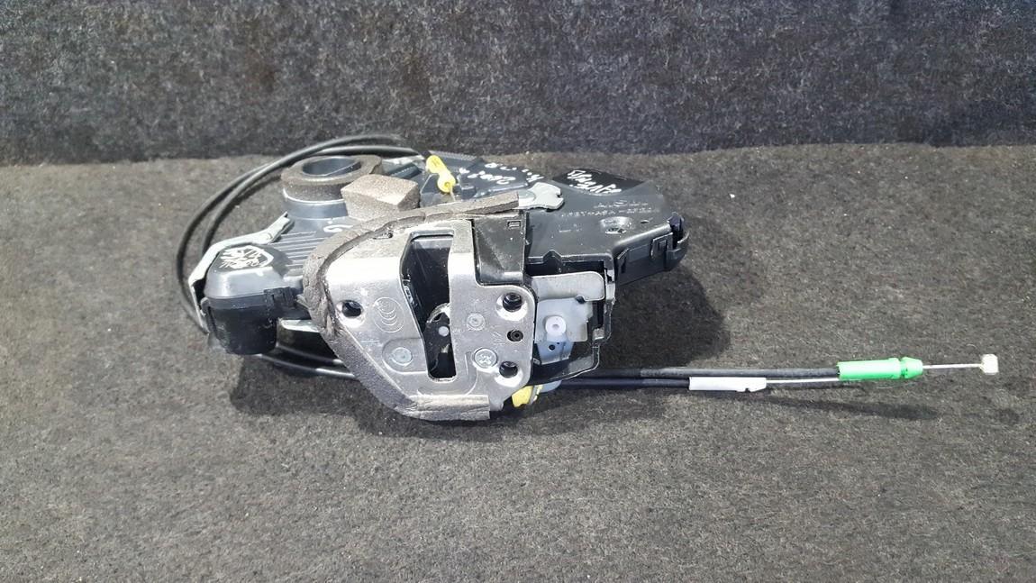 Door Lock Mechanism - front left side A046693 Y47K0204 Toyota AVENSIS 2010 2.0