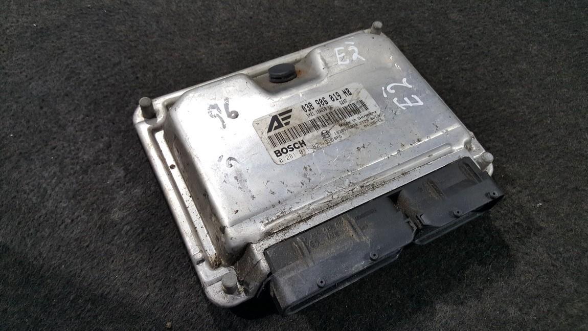 Variklio kompiuteris 038906019NB 0281011821, 5M2112A650CA, 1039S06270 Ford GALAXY 2004 2.8
