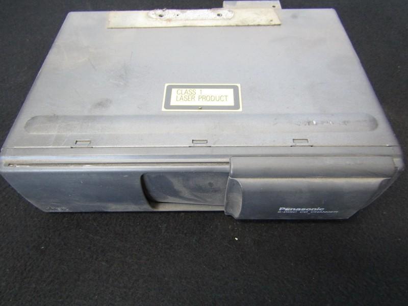 CD changers Mazda 626 1999    1.6 tb5079dg0ec