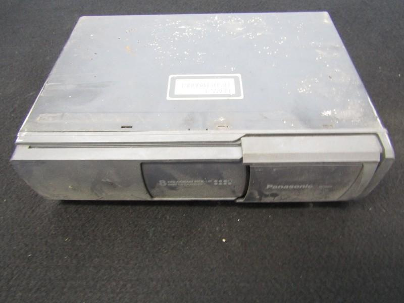 CD changers Volkswagen Golf 1998    1.9 cxdp803en