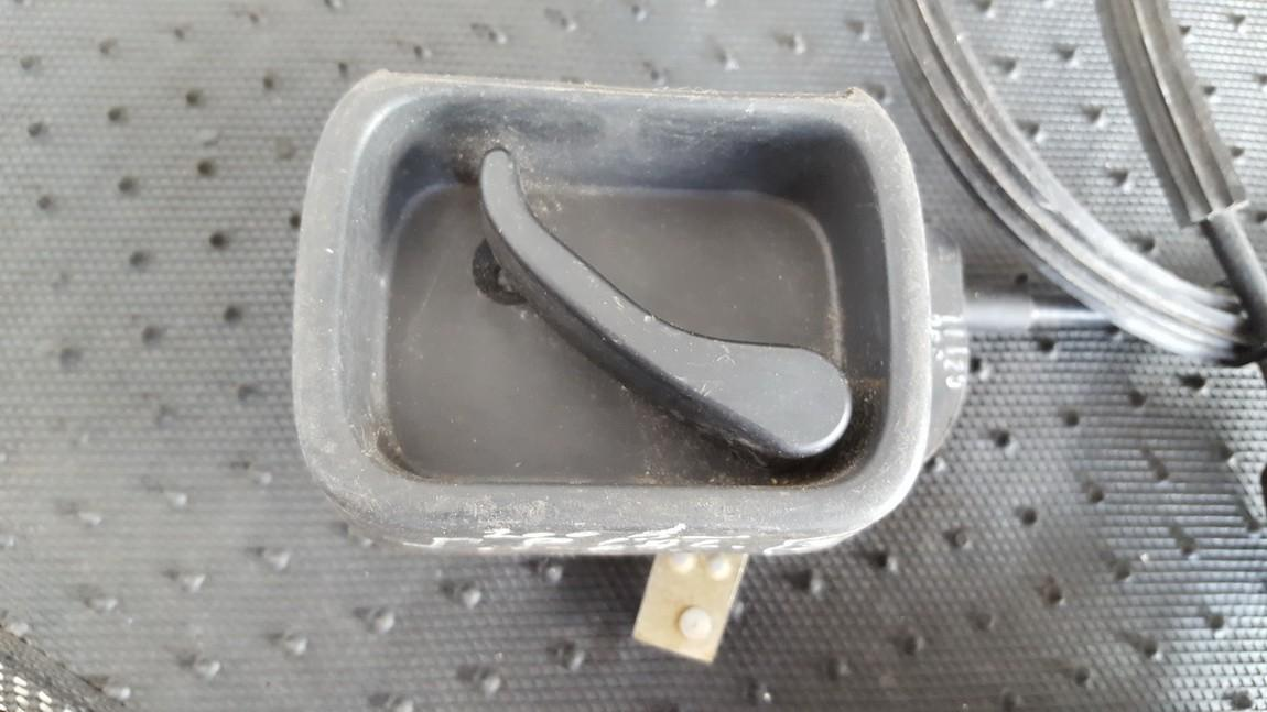 Galinio dangcio uzdarymo rankena  vidine  (kapoto) Volkswagen Caddy 2006    1.9 2K0827185