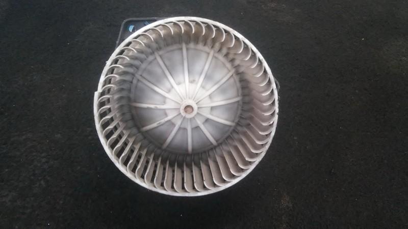 Salono ventiliatorius 290474 mf016070-0260,0130111191 Volvo V40 1996 1.9
