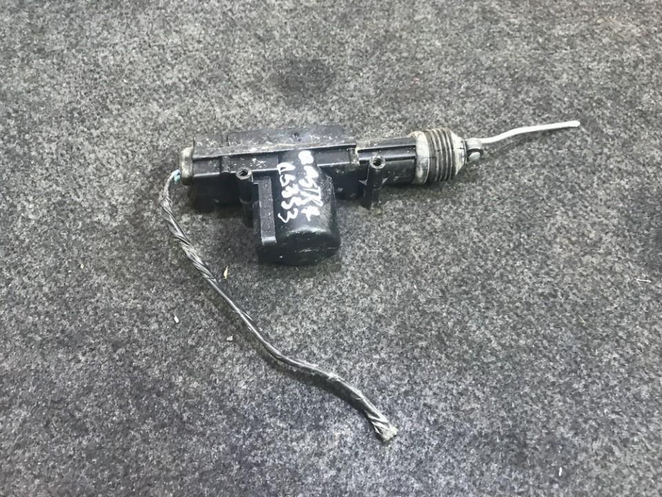 Centrinio duru uzrakto varikliukas 932037992 n/a Opel ASTRA 1994 1.7