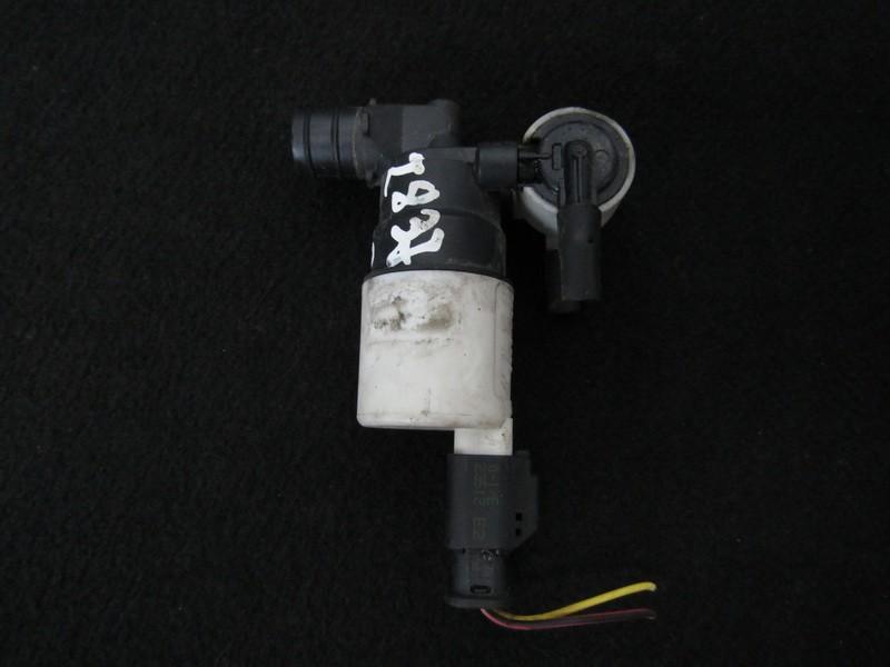 Windscreen Washer Pump Peugeot 308 2012    1.6 963298498004