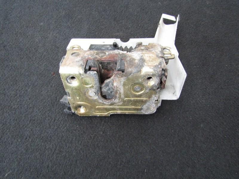 Duru spyna P.D. nenustatyta nenustatyta Renault SCENIC 2000 1.9