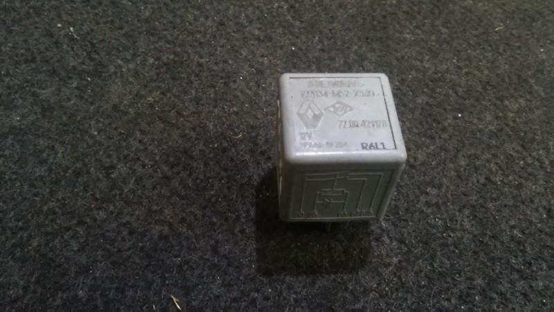 Блок электронный 7700421178 77.00.421178,v23134-m52-x330 Renault MASTER 2001 2.8