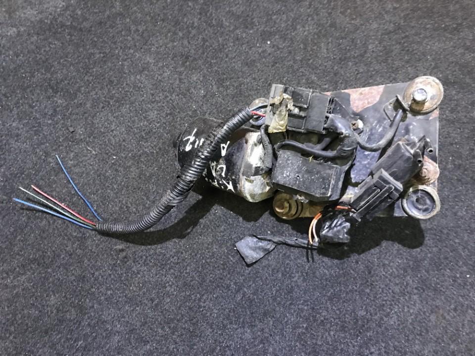 Front wiper motor Kia Carnival 1999    2.9
