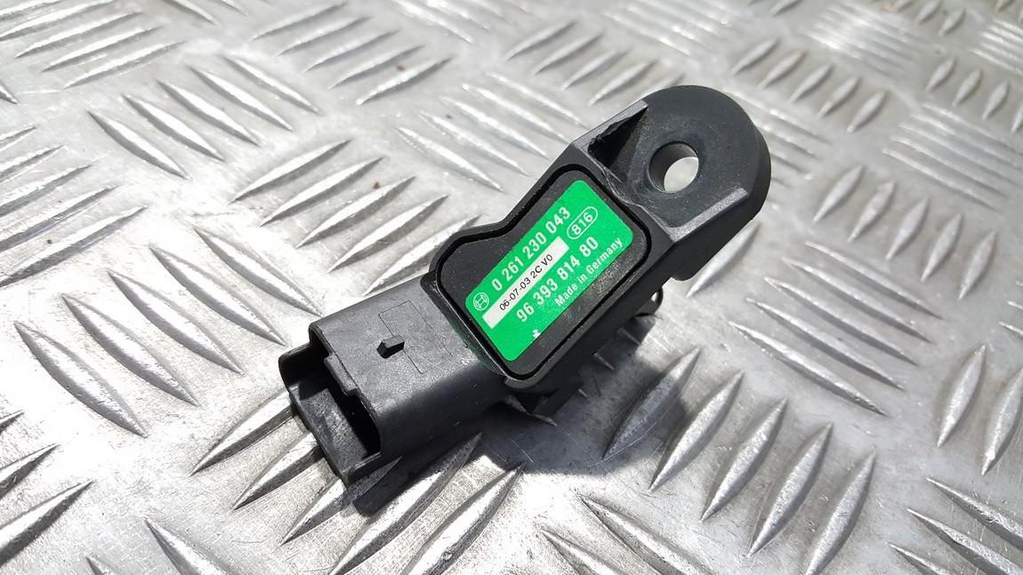 Map Sensor Citroen C5 2005    2.0 0261230043