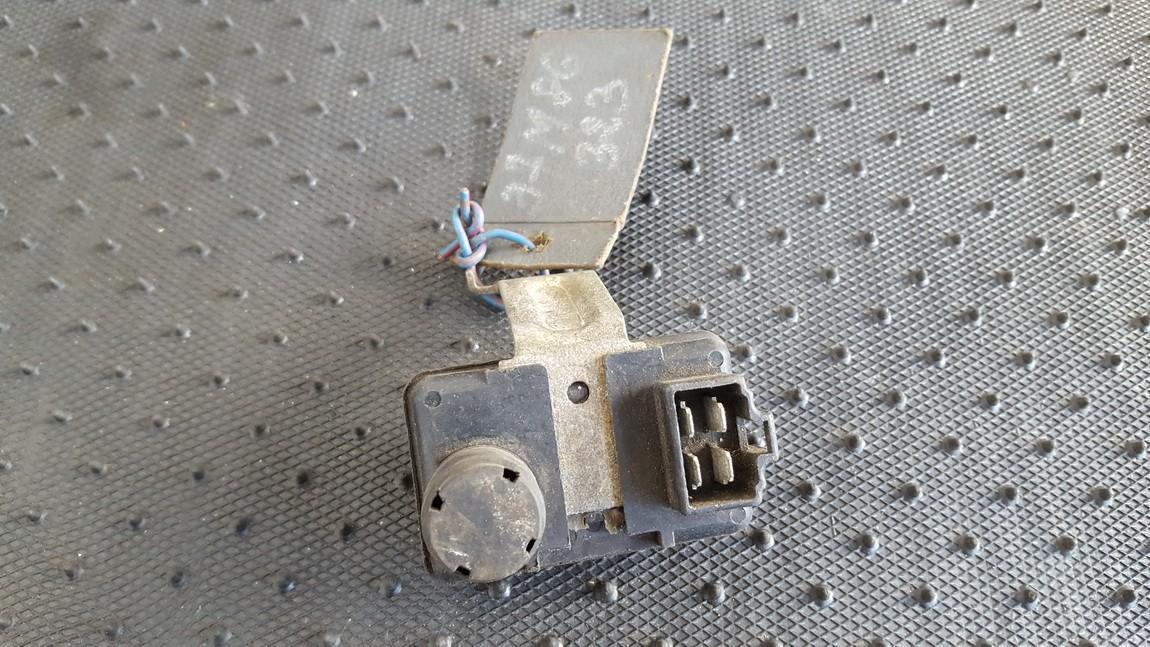 Map Sensor Mazda 323 1995    0.0 E1T11271