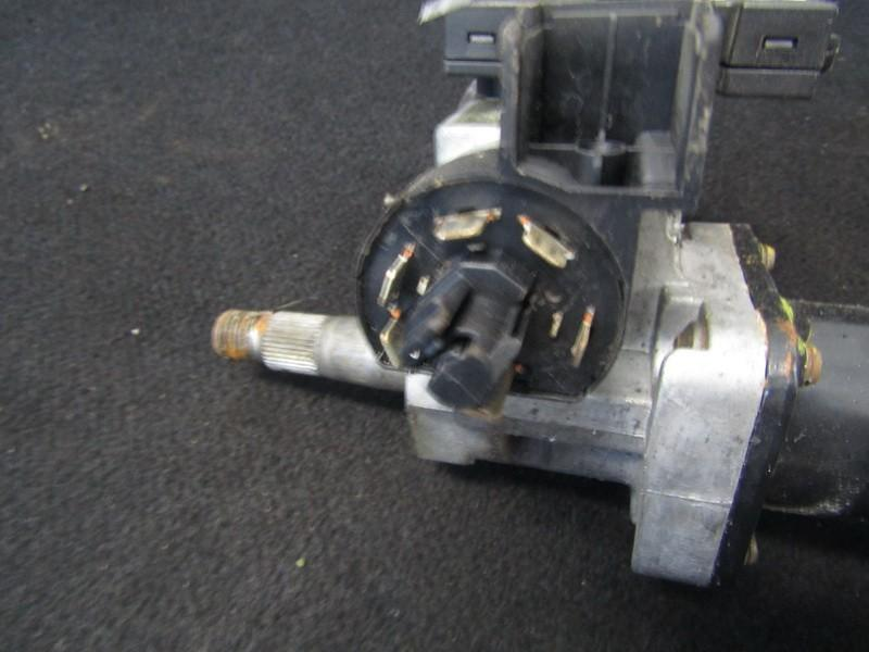 Uzvedimo spynos kontaktine grupe nenustatyta nenustatyta Opel CORSA 1997 1.7
