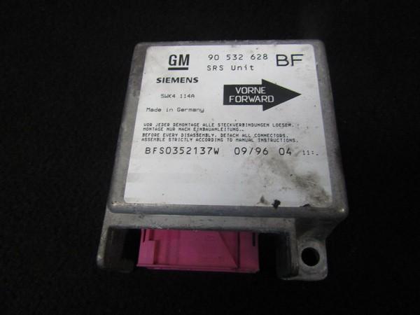 Airbag crash sensors module Opel Corsa 1998    1.2 90532628bf