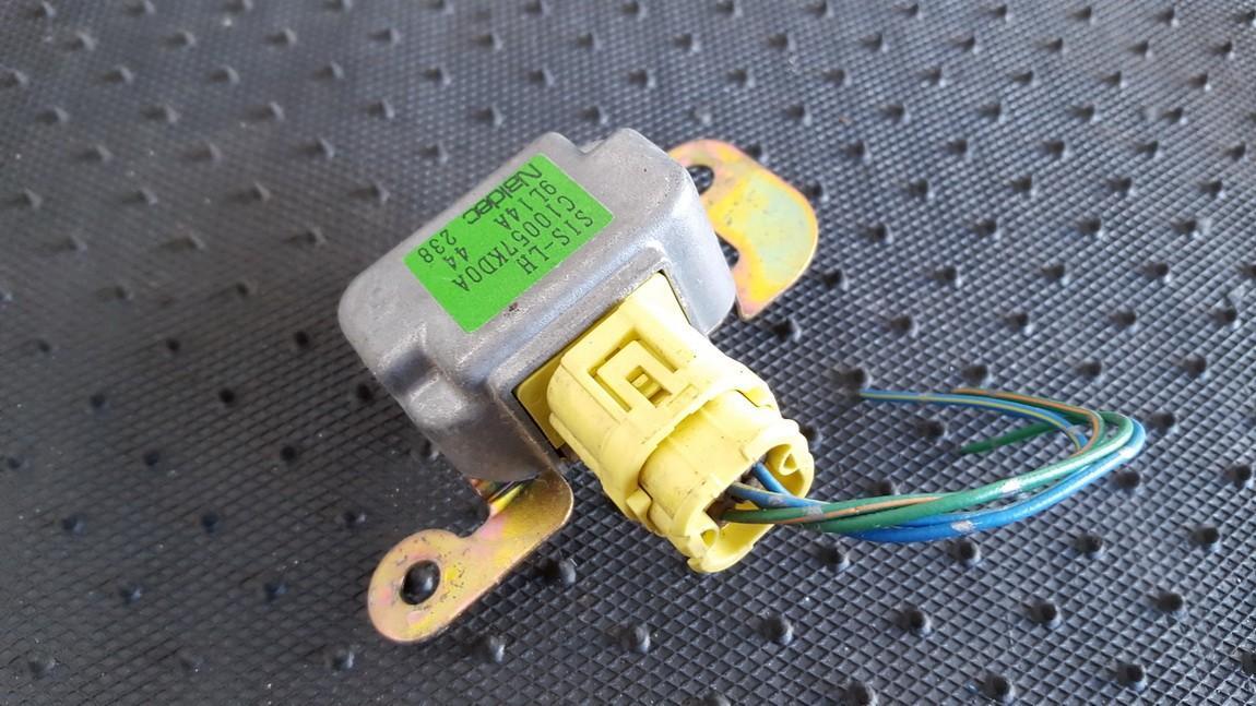Srs Airbag crash sensor Mazda Premacy 2002    2.0 C10057KD0A