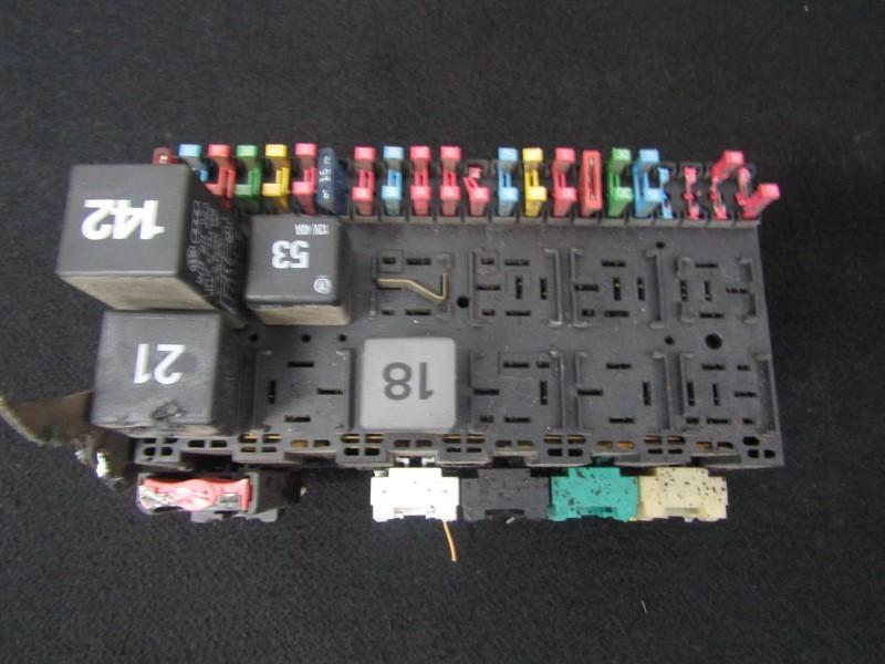Fuse box  Volkswagen Vento 1994    1.9 47410522048