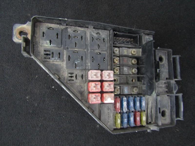 Fuse box  Rover 45 2003    2.0 131132121302
