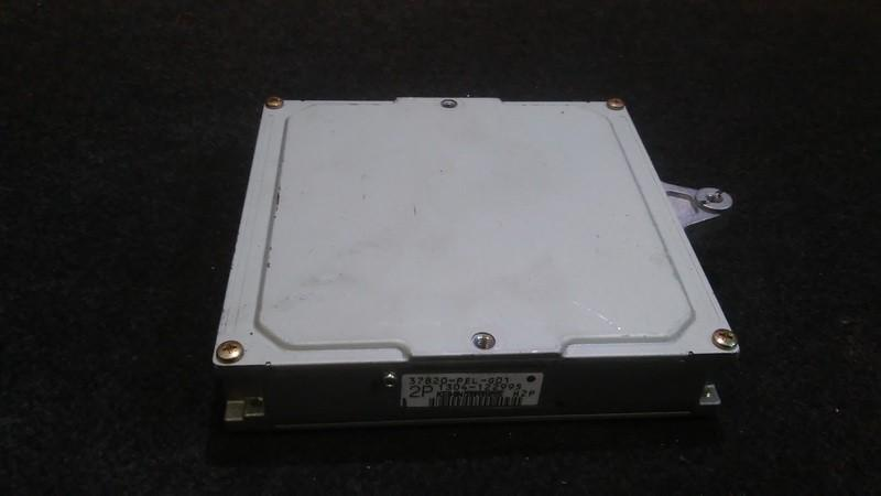 ECU Engine Computer  Honda HR-V 2001    1.6 1304122995