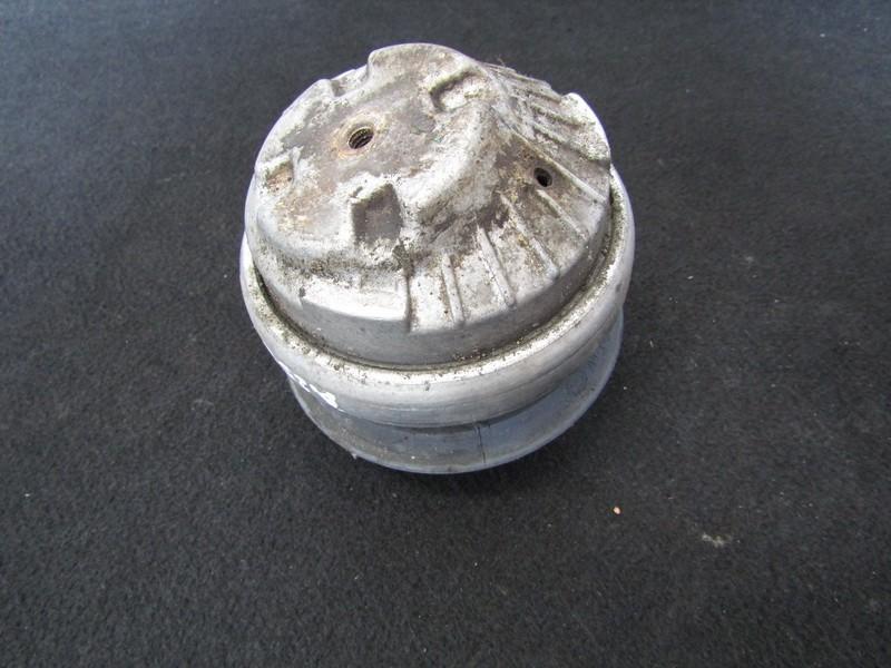 Variklio pagalves bei Greiciu dezes pagalves 2202401717 b32-8005w21, 2-33-000032-xx Mercedes-Benz S-CLASS 2001 3.2