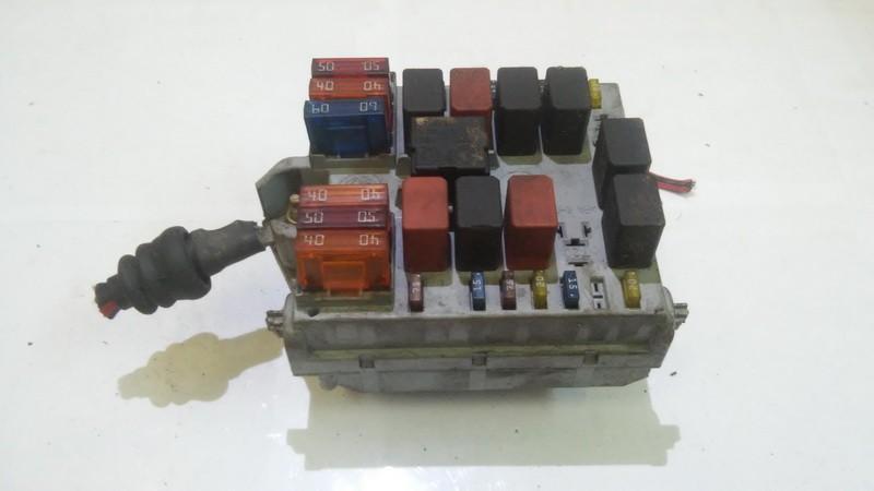 Fuse box  Alfa-Romeo 147 2001    1.9 46558760