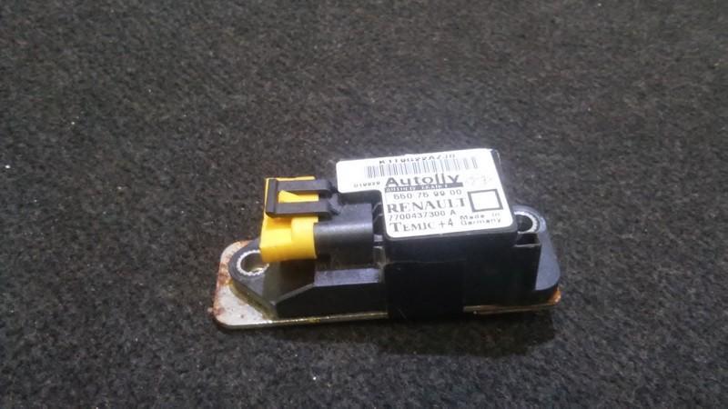 Srs Airbag crash sensor Renault Megane 2000    1.8 7700437300
