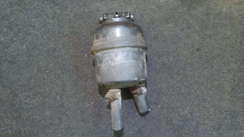 Power Steering Reservoir Opel Tigra 1999    1.6 nenustatytas