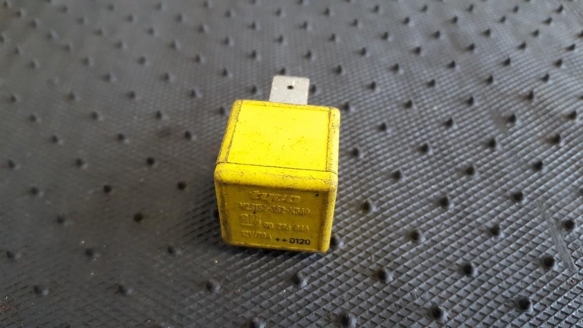 Блок электронный Opel  Combo C 2001 - 2011