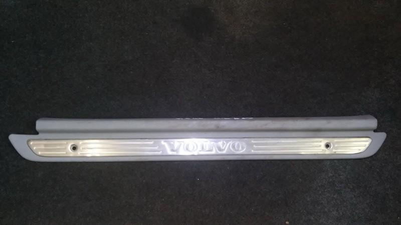 Interior door step trim left rear Volvo S40 1998    2.0 c130818421