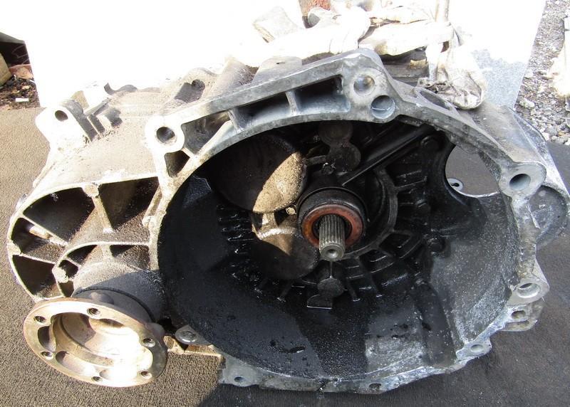 Greiciu deze ERF NENUSTATYTA Volkswagen GOLF 2004 1.6