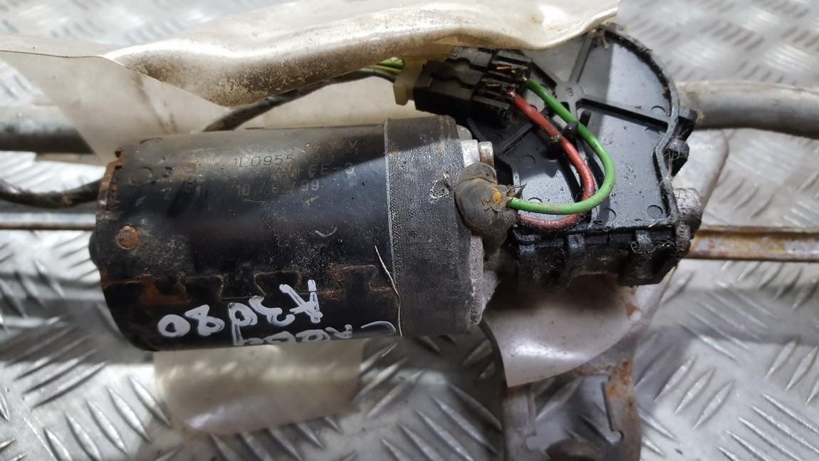 Моторчик стеклоочистителя передний 9390332376 1L0955119 Volkswagen CADDY 2008 1.9