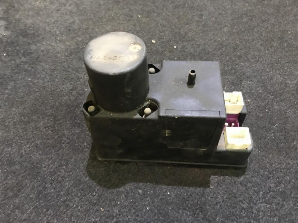 Centrine vakuumo valdymo pompa 4a0862257j n/a Audi A4 1995 1.8