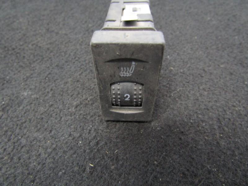 Sedyniu sildymo mygtukas 3b0963564c nenustatyta Volkswagen PASSAT 2006 2.0