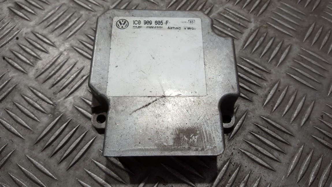 SRS AIRBAG KOMPIUTERIS - ORO PAGALVIU VALDYMO BLOKAS 1c0909605f n/a Volkswagen GOLF 1998 1.8
