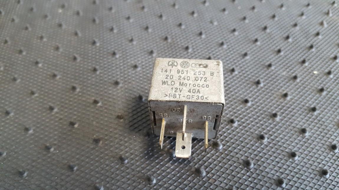 Relay module 141951253B 20240072 Volkswagen GOLF 1992 1.8
