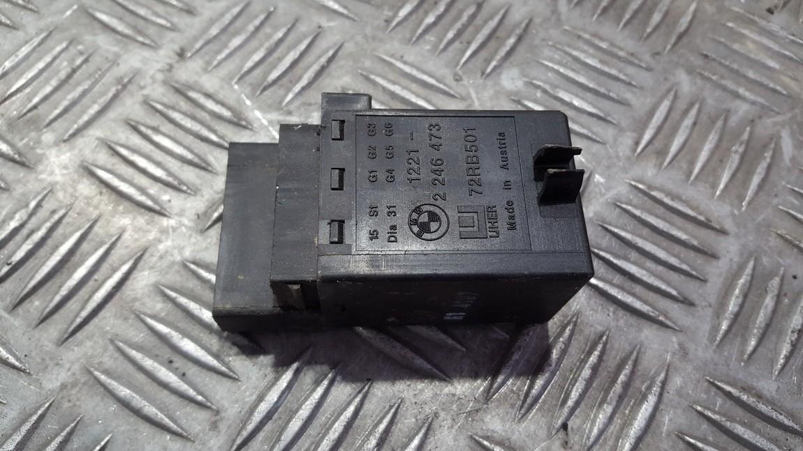 блок управления свечами накаливания BMW 5-Series 1998    2.5 12212246473