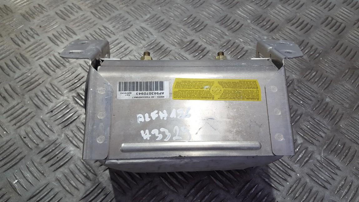 Salono paneles oro pagalve SRS 60619540 n/a Alfa-Romeo 156 2002 1.9