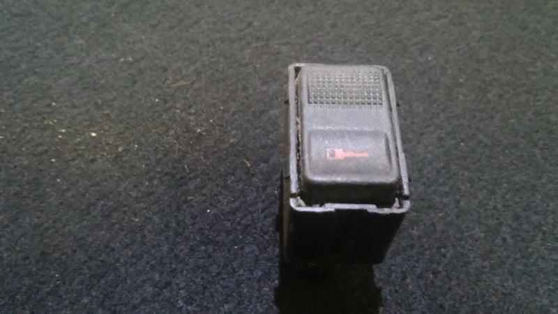 Door central locking lock unlock switch control Audi A6 1996    2.8 44196210701c