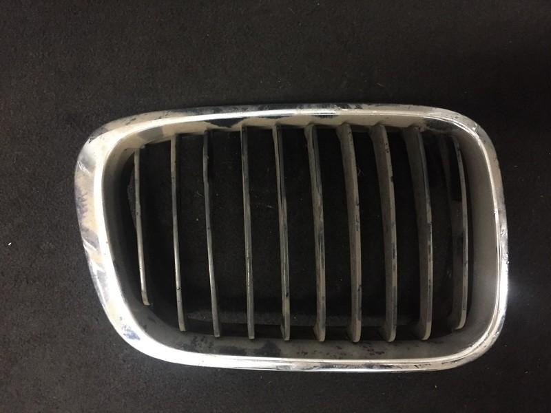 Front hood grille 511381949969 51.13-8194996.9, 51.13-81596240 BMW 5-SERIES 2006 2.0