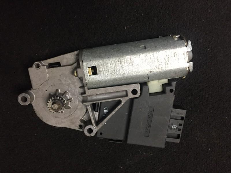 Sunroof Motor BMW 5-Series 2002    2.5 67618377939