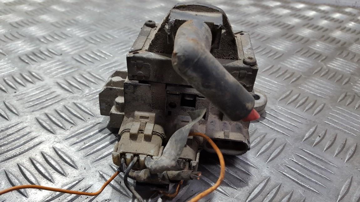 Renault  Laguna Uzdegimo rite (babina)