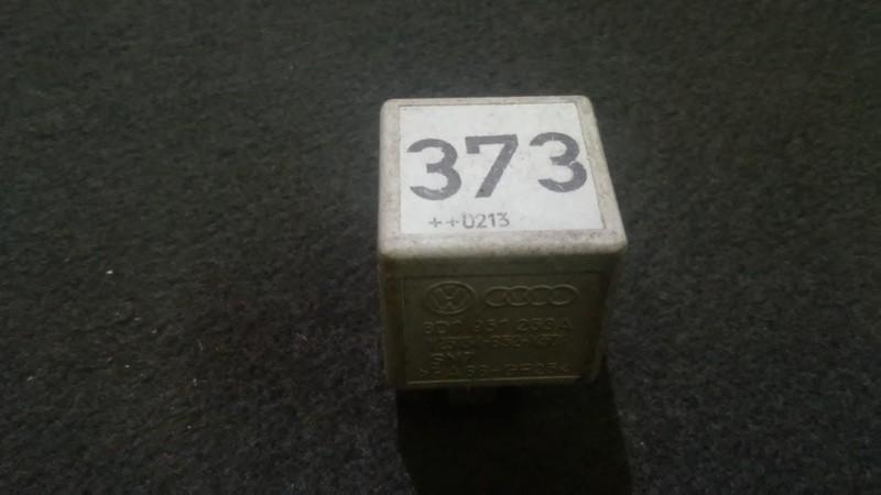 Rele 8d0951253a v23134-b52-x301,373 Audi A4 1996 1.6