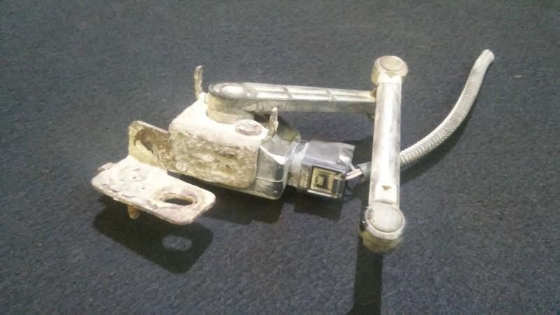 Датчик пневматической подвески Renault Laguna 2001    1.9 8200000772