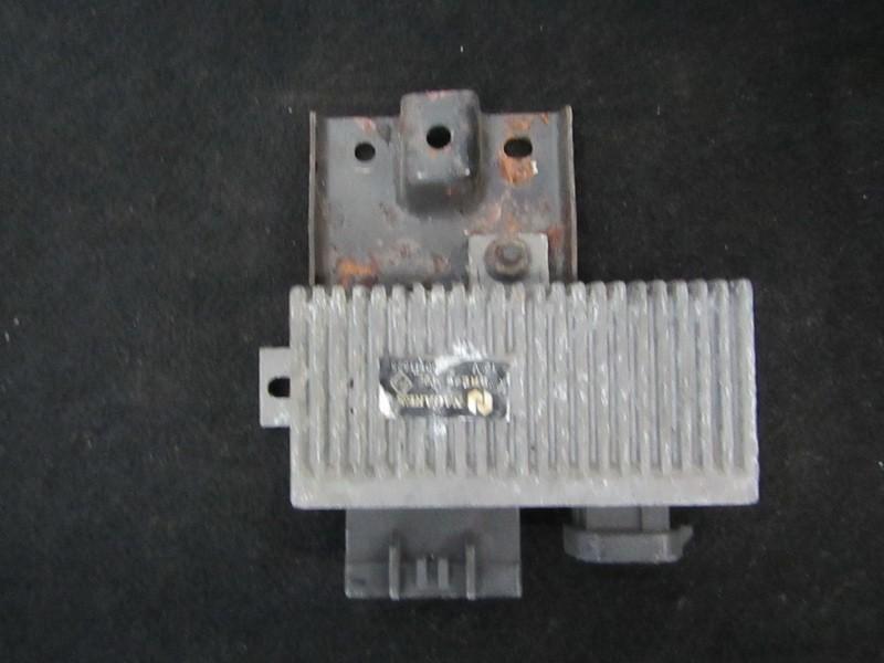 блок управления свечами накаливания Volvo S40 1997    2.0 7700111525