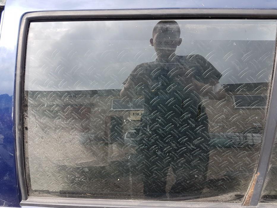 Duru stiklas G.K. NENUSTATYTA NENUSTATYTA Volkswagen GOLF 1994 1.6